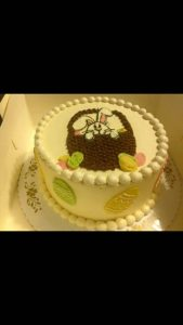 Round Easter cake with Easter basket and bunny design