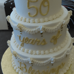 Custom Golden Anniversary Cake in Berlin