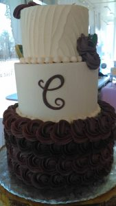 dark purple and white two tome wedding cake